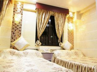 New Chung King Mansion Guest House - Tower C - Carlton Group of Hostels